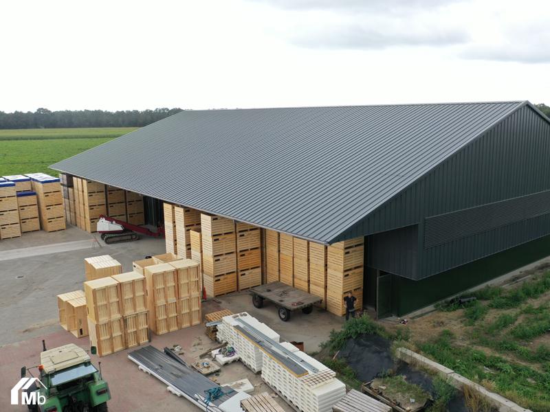 Kistenbewaring - bewaarloods in Wijster gebouwd door MIEDEMAbouw